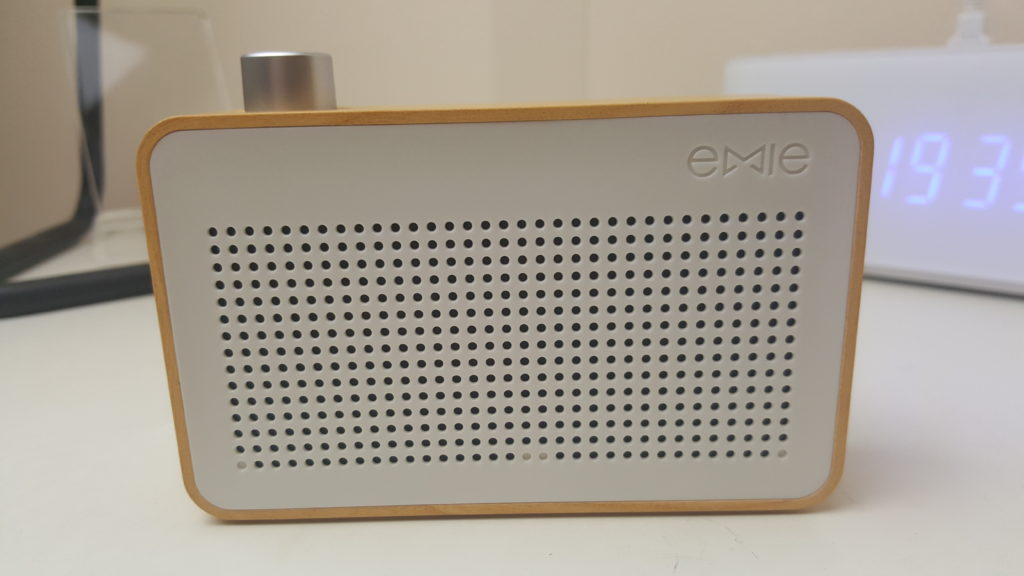 emie radio speaker 2