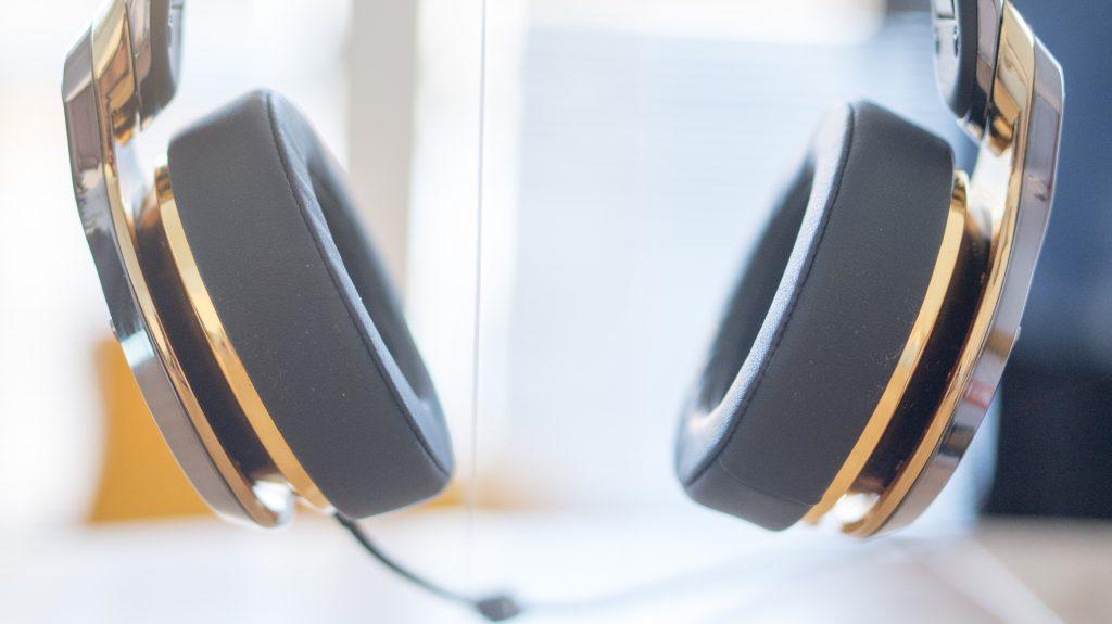 monster roc headphones 4