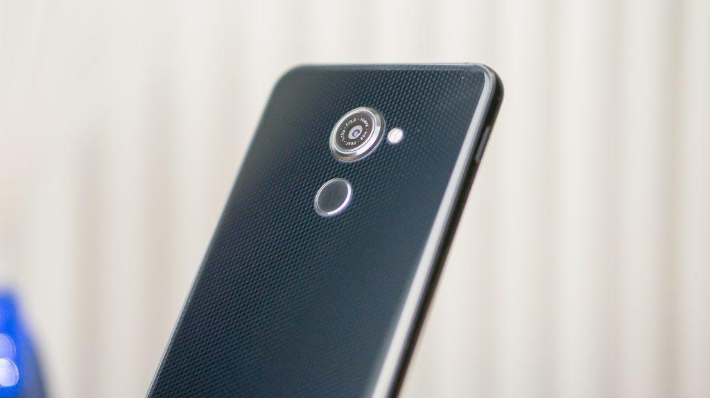 vodafone smart platinum 7 4