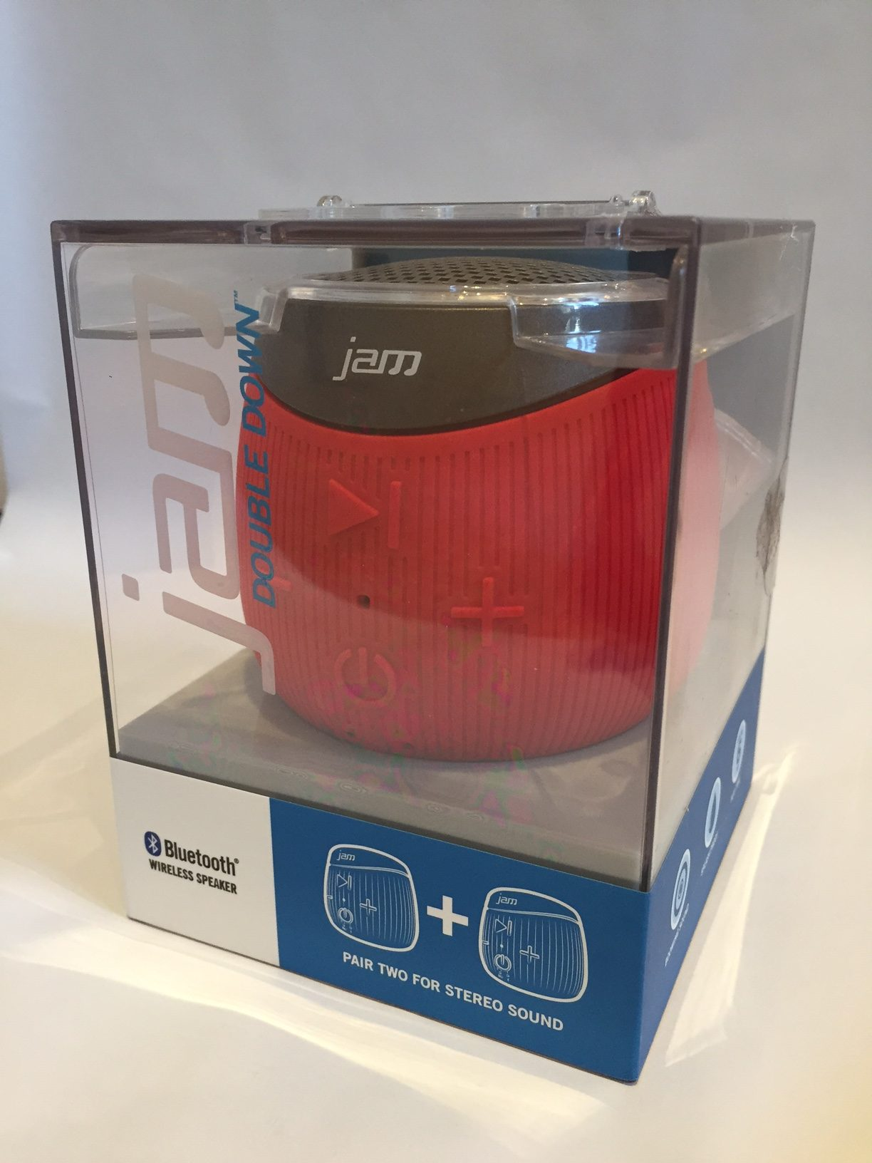 Jam Double Down Bluetooth Speaker Review // TechNuovo.com
