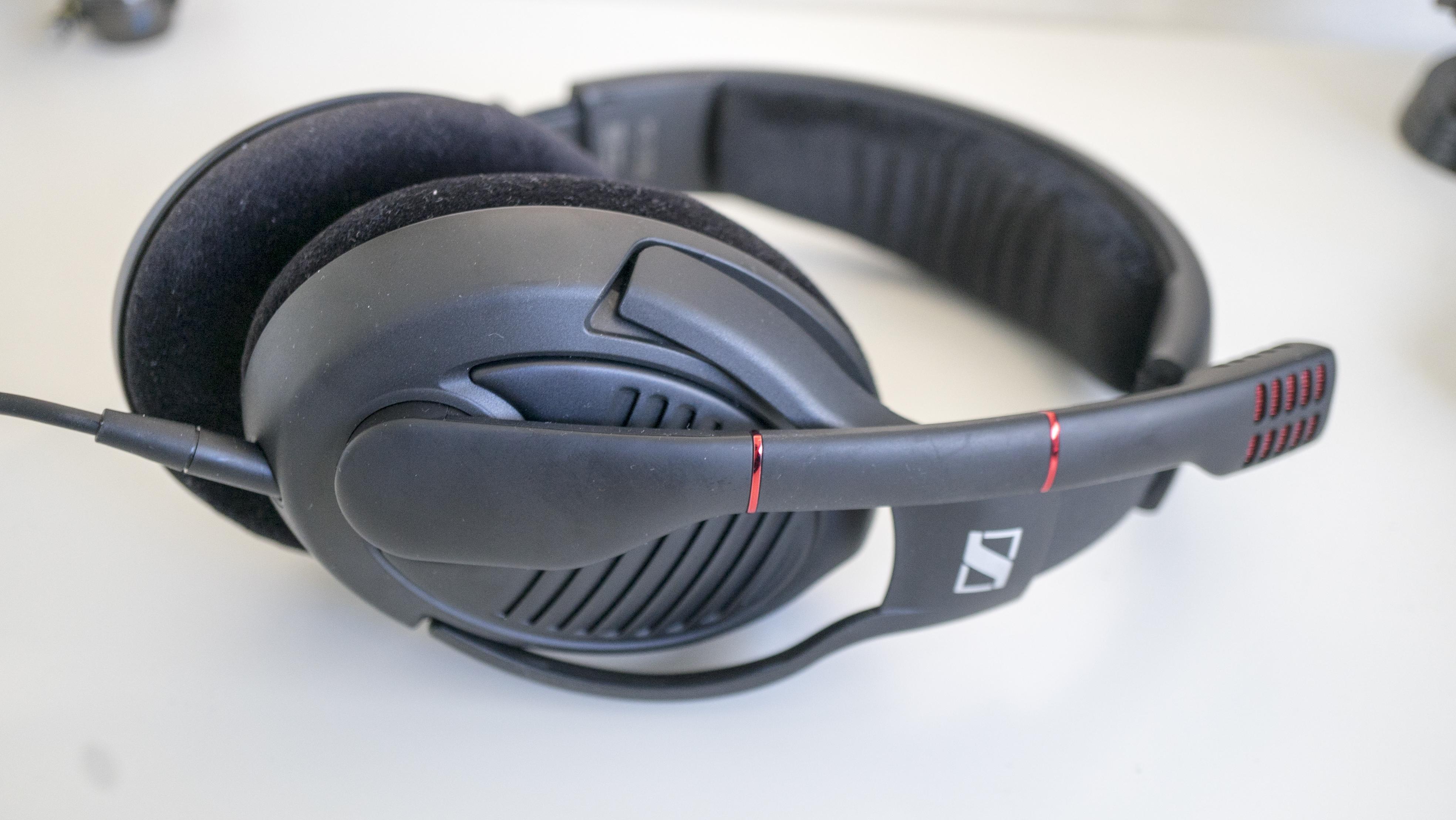 sennheiser pc 373d gaming headset review. Black Bedroom Furniture Sets. Home Design Ideas