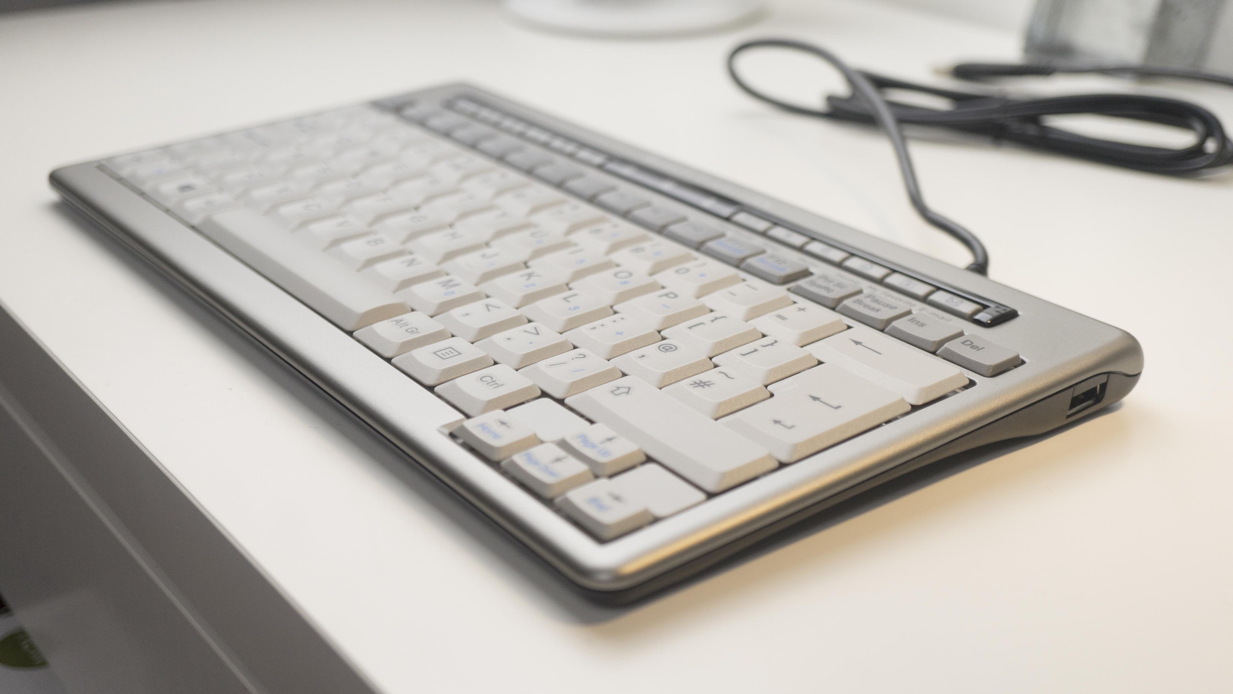 Bakker Elkuizen S-Board 840 Design Keyboard Review ...