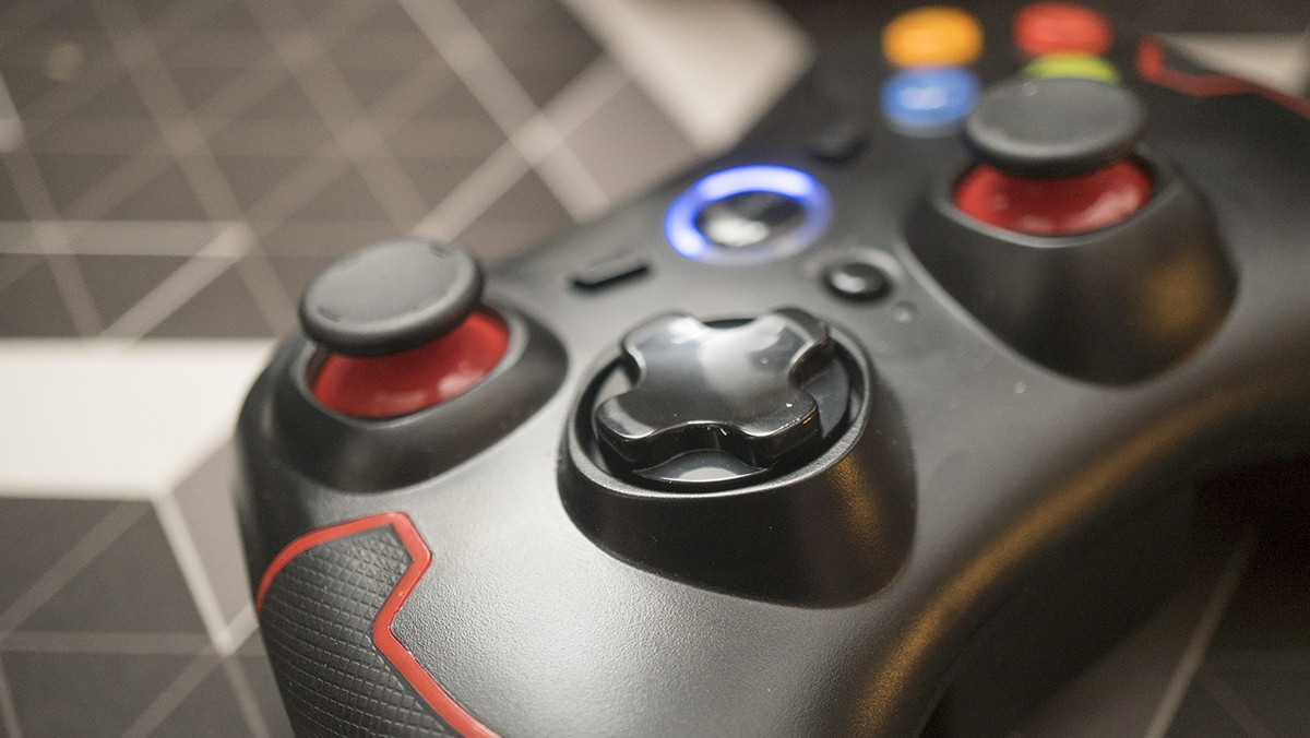 EasySMX Wireless Game Controller Review // TechNuovo com