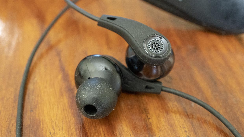 Edifier W360BT Wearable Bluetooth Earbuds