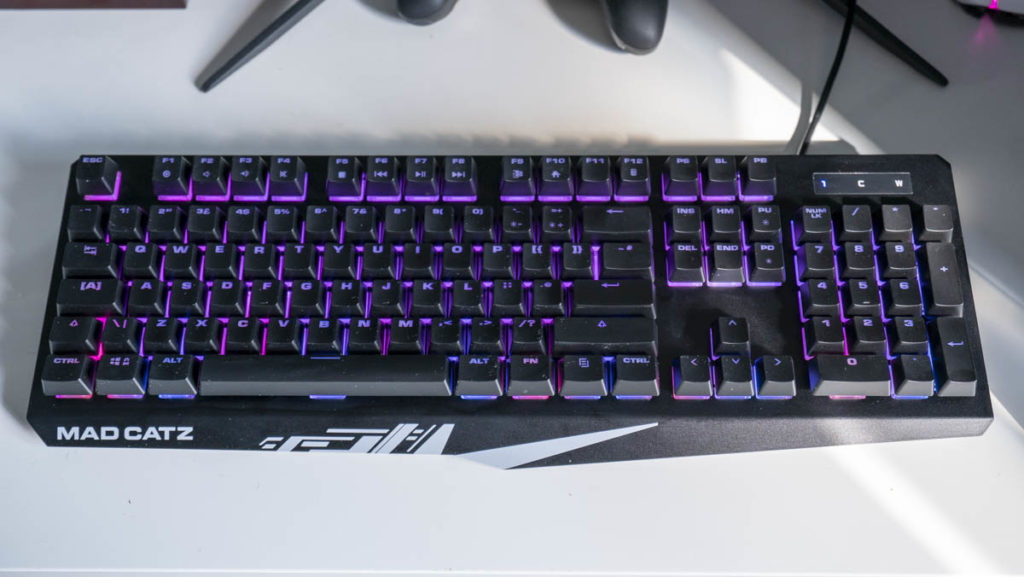 Mad Catz S.T.R.I.K.E 2 gaming keyboard